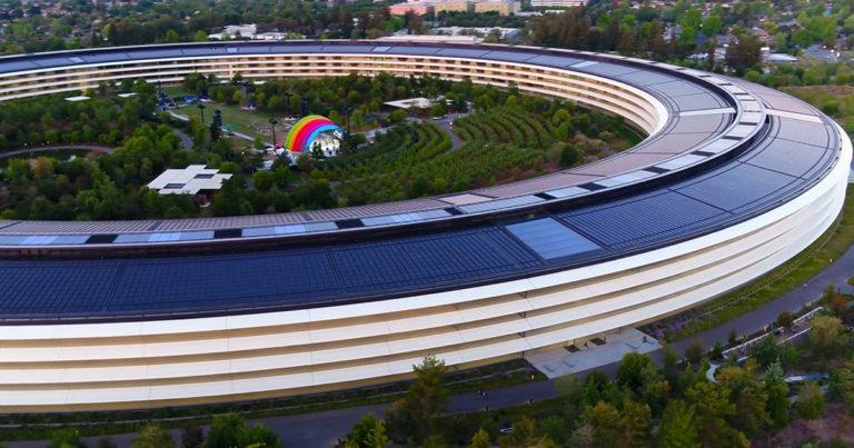 Vídeo en Drone muestra el Apple Park solitario a causa del Coronavirus
